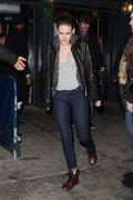 Kristen Stewart - Imagenes/Videos de Paparazzi / Estudio/ Eventos etc. - Página 31 Ce6efd225749109