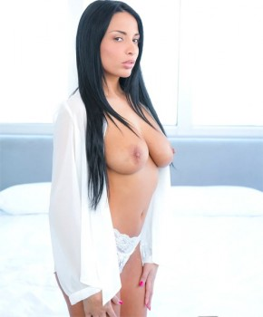 Anissa Kate Perfect Pussy