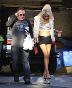 dbd98a230122505 Courtney Stodden ~ Outside her home / Hollywood Hills, Jan 2 '13 candids