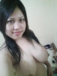 Foto Model Bugil