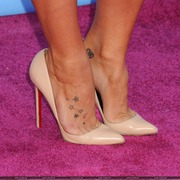 close up of Joanna Levesque's pair of beige high heels worn@different events 2012