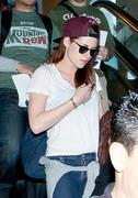 Kristen Stewart - Imagenes/Videos de Paparazzi / Estudio/ Eventos etc. - Página 31 5777aa231914894