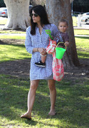 acee82235657480 Selma Blair takes her son Arthur to a park in Los Angeles (Feb 3)   45 HQ candids