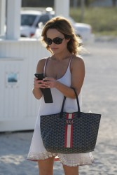 Giada De Laurentiis - taking a walk on the beach in Miami 2/21/13