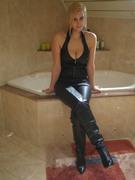 http://thumbnails107.imagebam.com/24372/625df8243718944.jpg