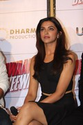 Deepika Padukone Leggy @ &amp;quot;Yeh Jawani hai Deewani&amp;quot; movie event