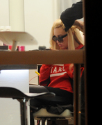 Amanda Bynes - at a hair salon in NY 3/29/13