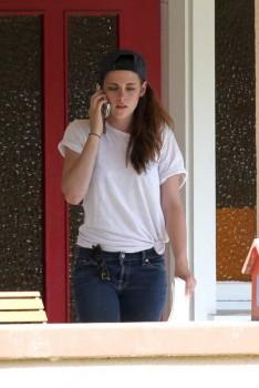 Kristen Stewart - Imagenes/Videos de Paparazzi / Estudio/ Eventos etc. - Página 31 5d3533252969334