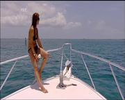 Julia bradbury bikini