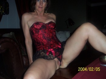 mature pussy peirced