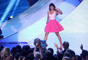 Lea Michele - Teen Choice Awards 2013 at Gibson Amphitheatre in Universal City    11-08-2013   8x 040bcc270050330