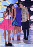 Lea Michele - Teen Choice Awards 2013 at Gibson Amphitheatre in Universal City    11-08-2013   8x 0e8917270050289