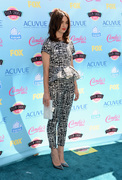 Crystal Reed - Teen Choice Awards 2013 at Gibson Amphitheatre in Universal City  11-08-2013   7x 36a88c270054061