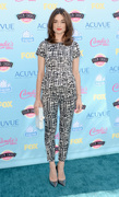 Crystal Reed - Teen Choice Awards 2013 at Gibson Amphitheatre in Universal City  11-08-2013   7x 49d5b3270054201
