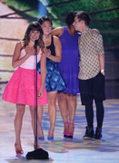 Lea Michele - Teen Choice Awards 2013 at Gibson Amphitheatre in Universal City    11-08-2013   8x B5f2f9270050281