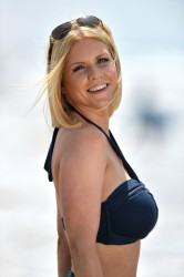 f19e76270454626 [Ultra HQ] Carrie Keagan   at a photoshoot in LA 8/13/13 high resolution candids