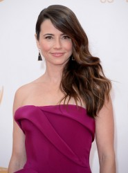 Linda Cardellini - 65th Primetime Emmy Awards 9/22/13
