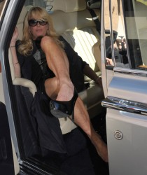 Natural boobs, Dina lohan upskirt tits