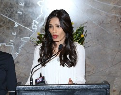 Freida Pinto - visits the Empire State Building in NYC 10/10/13