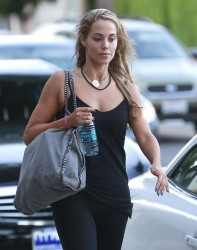 Elizabeth Berkley - Leaving a nail salon in LA 10/17/13