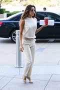 0f011b287255172 Eva Longoria – out and about candids in Century City