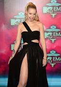 Iggy Azalea  MTV EMA's 2013 at the Ziggo Dome in Amsterdam 10.11.2013 (x10) 965802288144882