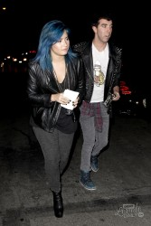 Demi Lovato - Out in LA 11/16/13