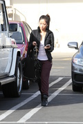 fb4e72291662438 [Ultra HQ] Brenda Song   out in Studio City 11/26/13 high resolution candids
