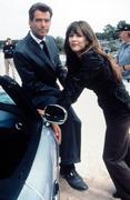 Джеймс Бонд 007: И целого мира мало / 007 The World Is Not Enough (Пирс Броснан, 1999) Def532292271462