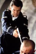 Джеймс Бонд 007: И целого мира мало / 007 The World Is Not Enough (Пирс Броснан, 1999) Df35ae292271448