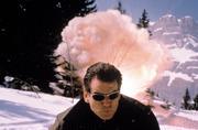 Джеймс Бонд 007: И целого мира мало / 007 The World Is Not Enough (Пирс Броснан, 1999) F2b184292271577