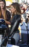 Maria Menounos on the Extra Set in Los Angeles - December 1, 2013