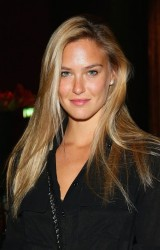 Bar Refaeli - Epicurea Food Festival in Milan 12/3/13