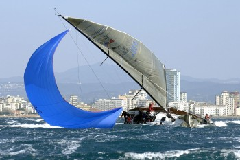 What Is A Chinese Gybe Ocean Racing Anarchy Sailing Anarchy Forums