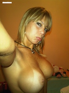http://thumbnails107.imagebam.com/40519/4e8091405182589.jpg