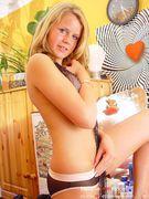 http://thumbnails107.imagebam.com/40529/d6a646405286120.jpg