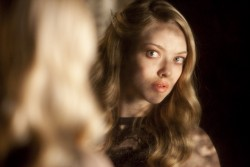 Amanda Seyfried Chloe Stills x 9